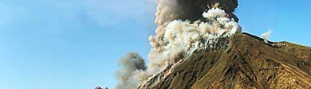 Eruzione Stromboli: «Sembrava la fine del mondo, fuoco ovunque e gente in mare»