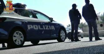 Con un taglierino semina il panico su un autobus: arrestato 38enne