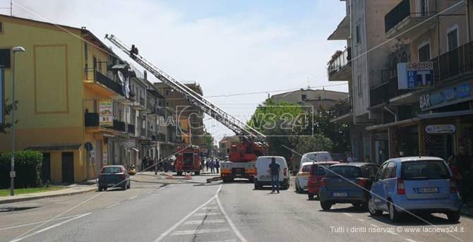 Vigili del fuoco in azione a Mirto