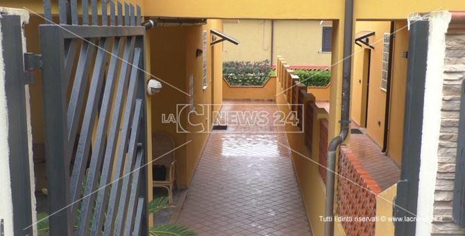 L'ingresso che conduce all'abitazione