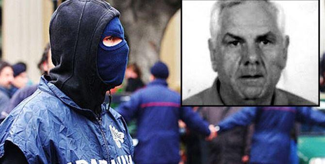 Nell'angolo a destra, un'immagine del boss cetrarese Franco Muto