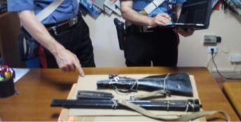 Il fucile da caccia rinvenuto dai militari