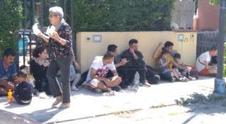 Cento migranti sbarcano a Calopezzati