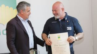Cosenza, catturò detenuto fuggito dal carcere: encomio per l'ispettore Tavernise