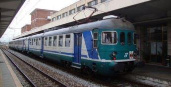 Trasporti: Trenitalia aumenta le corse sull'asse tirrenico, sullo Jonio continuano i tagli