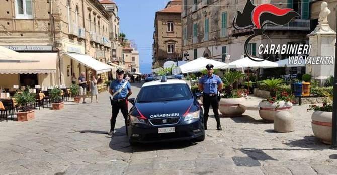 Tropea, carabinieri