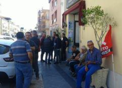 Da tre mesi senza stipendio, scatta la protesta degli operatori ecologici a Siderno