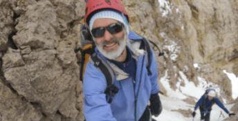 Valanga in Pakistan, travolti anche quattro alpinisti italiani: «Sono vivi»