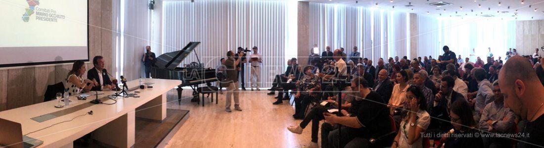 La presentazione dei comitati elettorali di Occhiuto