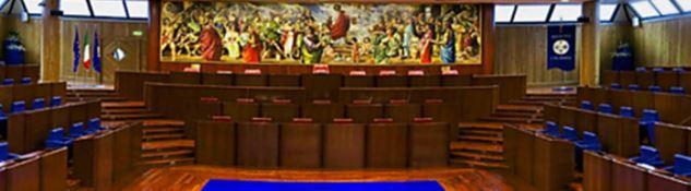 Consiglio regionale, a settembre i sostituti di Nicolò e Romeo; e Oliverio è sempre più isolato