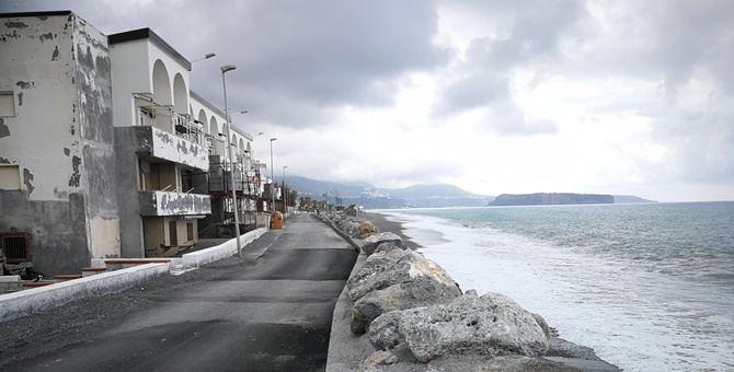 Il fenomeno dell'erosione costiera a Tortora
