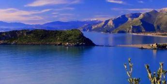 Praia, gli ambientalisti avvertono: «L'isola Dino diventerà una penisola»
