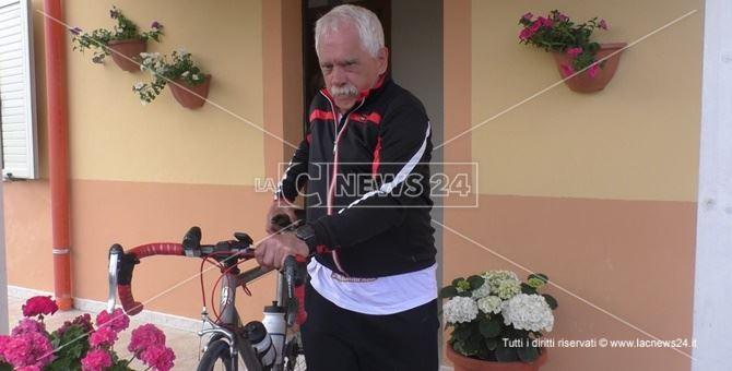 Vittorio Barbanotti con la sua bici