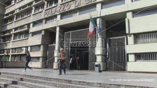 Cosenza, gli attivisti Prendocasa in tribunale per la prima udienza