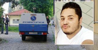 Bimbo ucciso in casa, il padre confessa: «Non riuscivo a dormire»