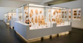 Museo archeologico di Reggio, i Bronzi in compagnia di Ade e Persefone