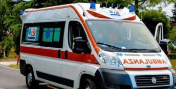 «Il 118 non rispondeva», anziana muore a seguito di un incendio