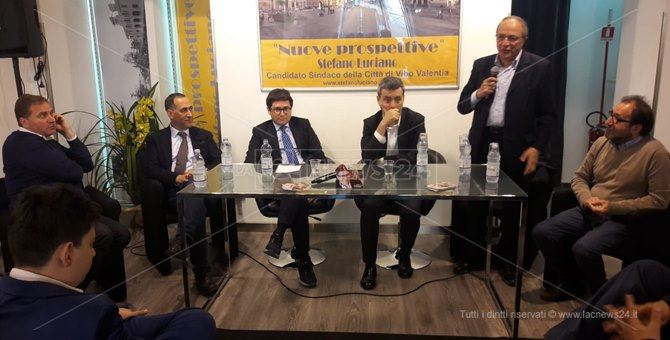 L'incontro politico a Vibo con Andrea Orlando