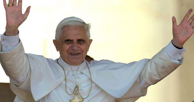 Papa emerito Ratzinger