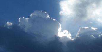 Sole e nuvole per il Primo maggio