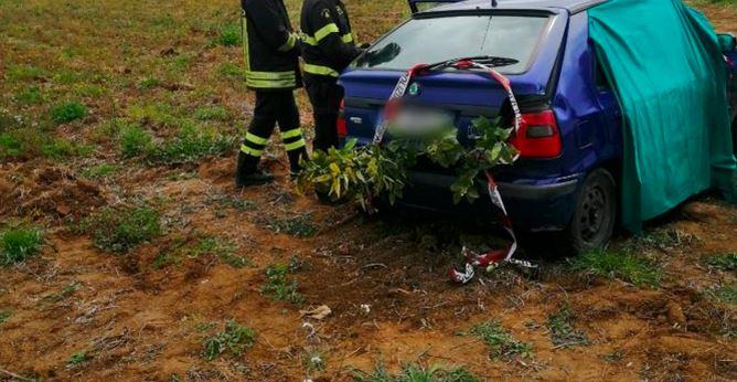 L'auto sulla quale viaggiava Cera (fonte: www.veratv.it)