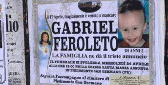 Il piccolo Gabriel strangolato perchè piangeva disturbando i genitori