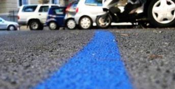 Una striscia blu