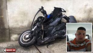 La moto sulla quale viaggiava la vittima Vincenzo Porporino