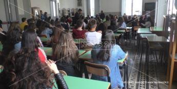 Dodò e Tonino vittime innocenti di mafia, a Paola studenti a lezione di legalità