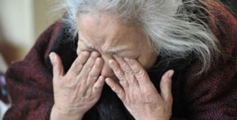 «Anziani costretti a restare tra gli escrementi». Parla un ex dipendente della Rsa di Settingiano