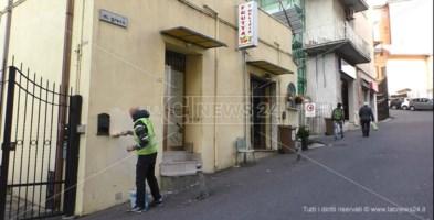 I cacciatori di graffiti, così a Catanzaro si riconquistano spazi di civiltà
