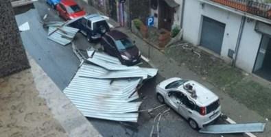 I danni causati dal vento a Rogliano