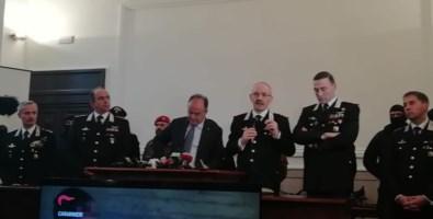 Il presenti alla conferenza stampa dell'operazione Rivoluzione-Scott