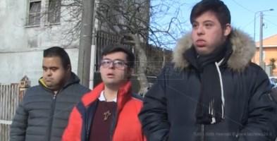 Tre dei ragazzi discriminati
