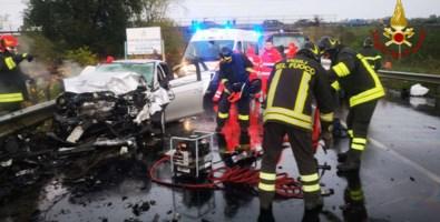 La Fiat Bravo con a bordo una donna rimasta coinvolta nell'incidente