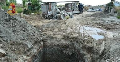 Rifiuti ospedalieri interrati vicini alle case, bomba ecologica a Lamezia