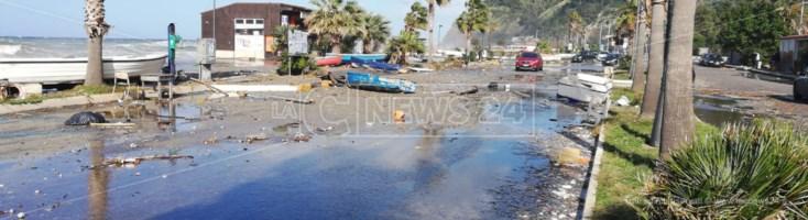 Il maltempo si abbatte sulla Calabria. Temporali, mareggiate e forti raffiche di vento