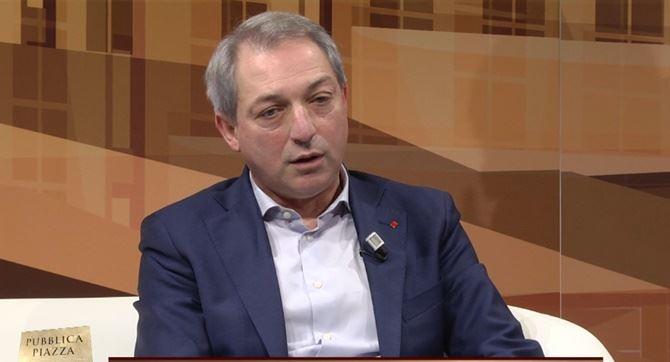 Il segretario generale della Cgil Calabria Angelo Sposato