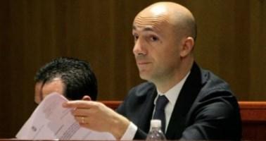 La replica di Naccari: «Infondato il mio sostegno al consigliere Creazzo»