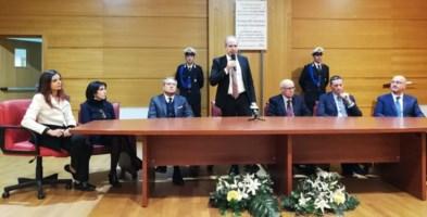 Lamezia, Mascaro ufficializza la giunta ma prende tempo per le deleghe