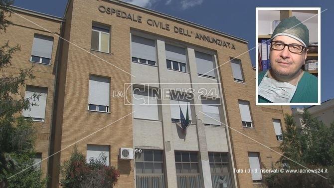 L'ospedale di Cosenza. Nel riquadro, il primario Michele Morelli