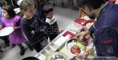 Pane, olio e spremuta d'arancia: la merenda della tradizione nella clinica Villa Serena