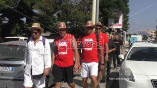 Partita dall'aeroporto di Reggio la lunga marcia di protesta dei sindacati