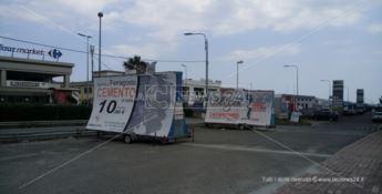 Stretta sugli impianti pubblicitari abusivi, da settembre al via la rimozione