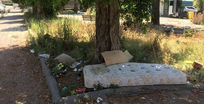 Uno materasso abbandonato