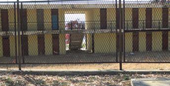 Il Lido comunale di Reggio divorato dal degrado: «Inaccettabile»