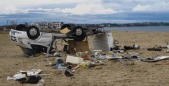 La furia del tornado provoca 6 morti e 30 feriti in Grecia