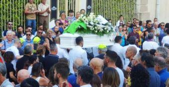 I funerali del bambino