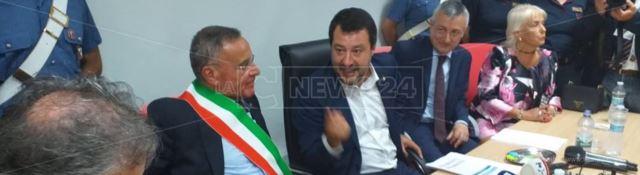 Salvini a Limbadi per la consegna dei beni confiscati: «Oggi vince la legalità»