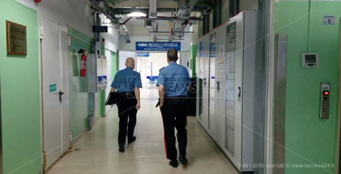 I carabinieri all'ospedale Pugliese